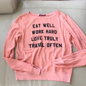 "WILDFOX PEACH PULL OVER ""eat well"" small"